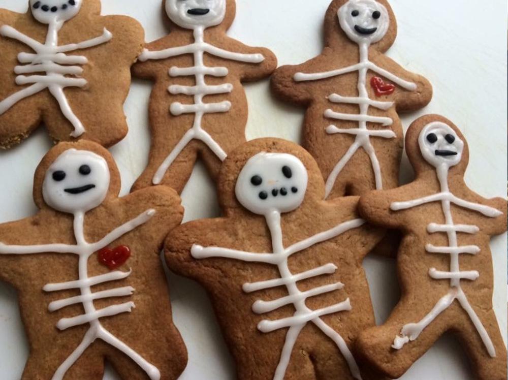 Halloween Skeleton Gingerbread Cookies