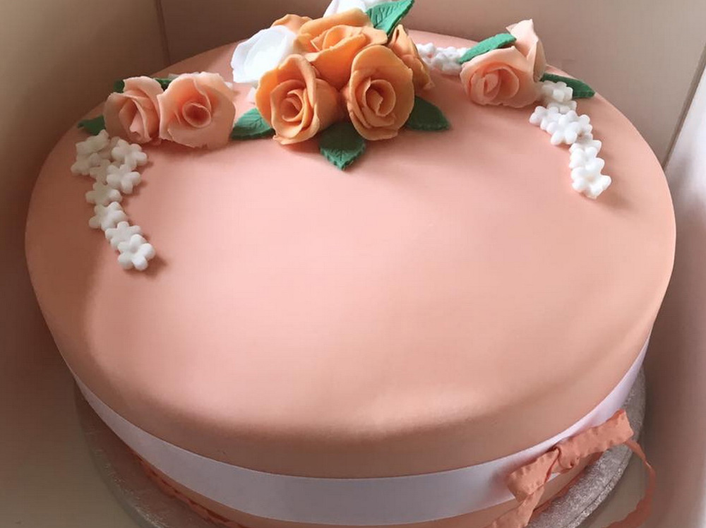 Rose and Flower Cake