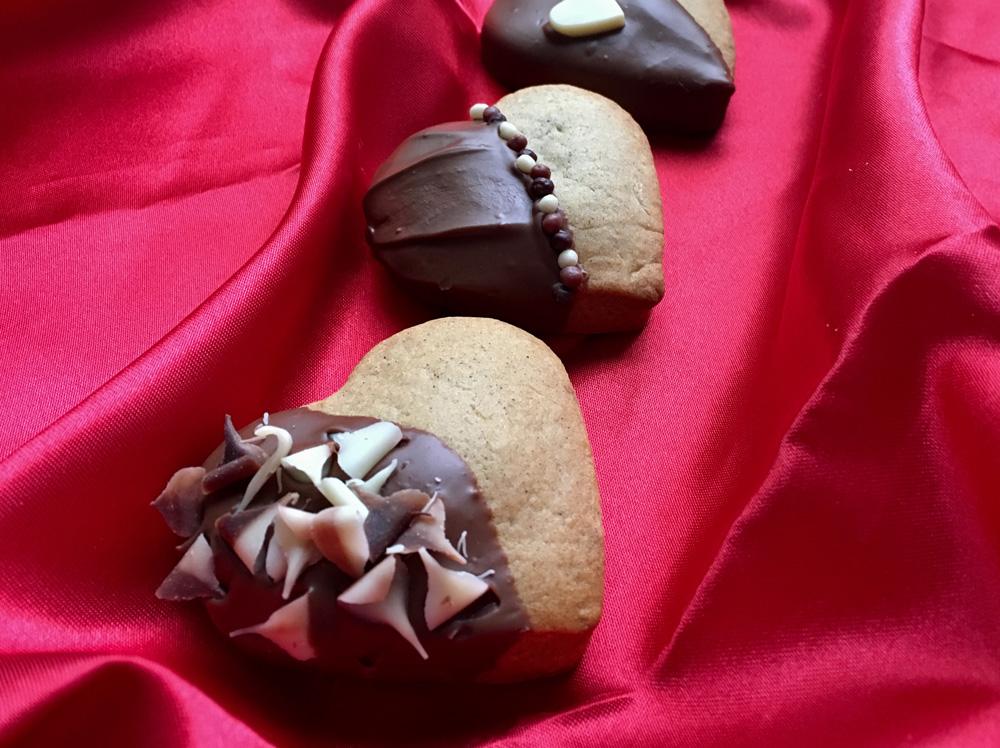 Valentine's Gingerbread Heart Cookies